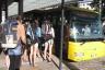 002_Nastupujeme do zatim poloprazdneho autobusu smer Rychnov